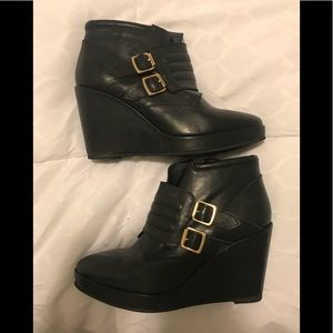 Shoes - Parisian Black Booties